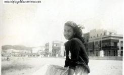 """Ser player@, de la Playa de Las Canteras. Teye Pérez Melián: """" Y ahora al acercarme a los 80 años cuando voy con mi hija, solo el olor a mar y a roca me hacen volver a mi infancia ya mi juventud """""""
