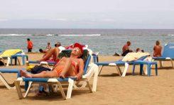 Sanidad recuerda la importancia de usar una protección solar adecuada todo el año