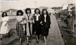Esther, Ofelia y Berta Suárez, Amelia Romero-colecc.Esther Suárez