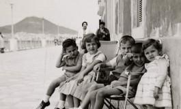 Niños en la avenidas-colecc. Familia Artiles