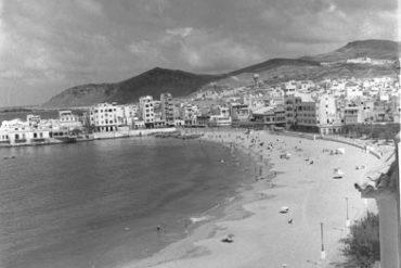 Vista de playa en 1960-colecc. Fernando Hernández Gil