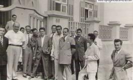 El Sr. Cavani, Director de Italcable con sus empleados en los años 40-colecc Marion Cavani