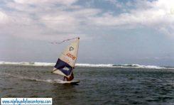 Los inicios del windsurfing en Las Canteras, decada de los 80-colecc Stefan Lopez-Urrutia