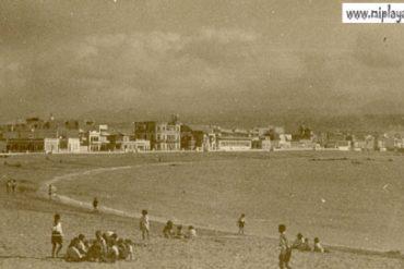 Una tarde en la playa, años 40. colecc Juan Melián