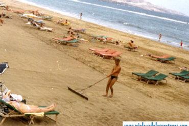 Rastrillando la arena-colecc. Manolo González