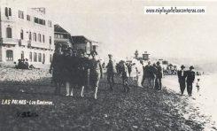 Paseo por la orilla de Las Canteras en 1940-Postal Turística