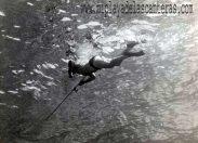 1944: llega el fusil submarino a la playa de Las Canteras