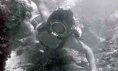 Los fondos marinos de Las Canteras en 1950- Inmersion entre La Barra y la orilla-colecc. Paco Farray