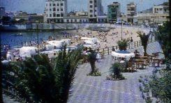 Vistas domingueras de la playa de Las Canteras-septiembre de 1956-colecc. Juan Melián