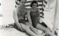 Cristóbal García-Blairsy y Sandra Reina en la Playa Chica-1953-colecc. Familia García-Blairsy