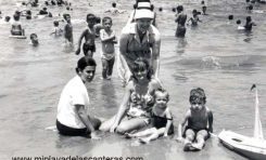 Edith Beningfield (Mrs. Correa), inglesa pero con sombrero conejero