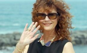 La gran actriz Susan Sarandon le dio un beso volao a todos los playeros y amigos de www.miplayadelascanteras.com