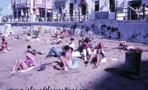 Ambiente de la Playa Chica en 1985