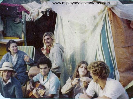 Marcha surfera en El Confital, años 70