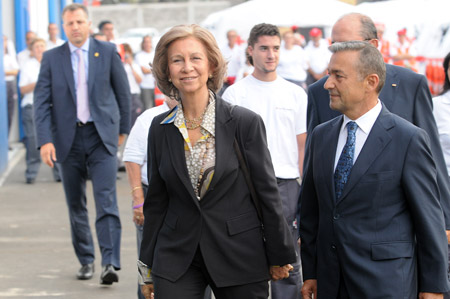 La Reina de España estuvo en el Istmo inaugurando un centro de la Cruz Roja, nos pregunto por la playa de Las Canteras, le dijimos que está impresionante, más en estos azules días de septiembre.