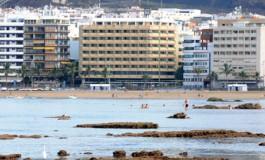 Playa urbana y natural.  Cuidémosla.