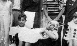 Los carnavales en La Isleta en los años 30. En la foto Carreta y amigos. Colecc. Familia Cabrera.