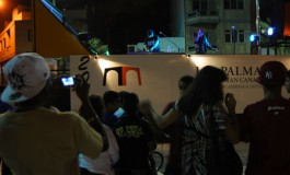 Versos a ritmo de rap en la Plaza de Pilar en Guanarteme para celebrar el Día del Libro.