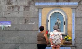 Devoción a la Virgen playera.