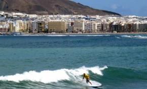 Buen surf en la Cicer