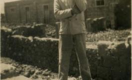 En Las Salinas de El Confital, sobre 1940- colecc. Asunción Santana Ramírez.