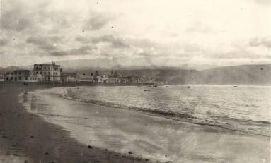 Vista antigua  de la playa de Las Canteras