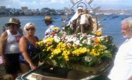 La Virgen del Carmen está de celebración este domingo en la Bahía de El Confital.