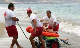 Las Canteras obtiene el Certificado de Accesibilidad  Universal por el servicio de baño asistido a personas con movilidad  Reducida (Foto: remitida).