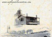 Una de las primeras casas de la antigua playa del Arrecife, ahora playa de Las Canteras. Principios del siglo pasado