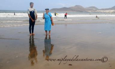 La abuela y el surfero