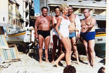 Anton Gartner y unos amigos en La Puntilla. 1965- Coleec. Familia Gartner.