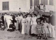 En la playa de Las Canteras.1905.