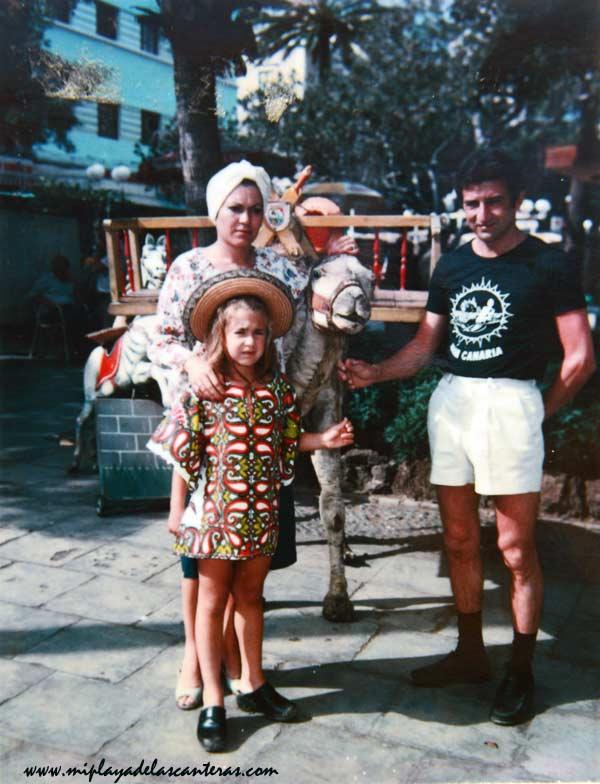 Los Callol en el Parque Santa Catalina, sobre 1975. Collecc- Familia Callol.