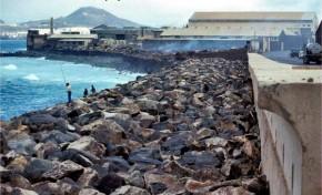 El desaparecido Muro Lloret, con las viejas factorías de pescado