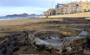 El movimiento de arena por las mareas enseña La Cicer más primitiva