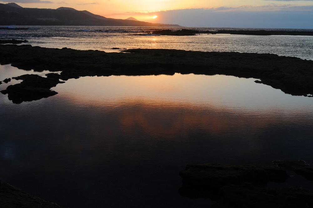 La Poesía salva el Mar (VI)