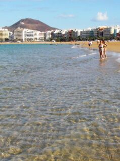 Si Gran Canaria entra en la fase 2 el 25 de mayo podremos disfrutar más de Las Canteras