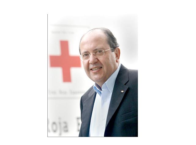 www.miplayadelascanteras.com entrevista a Juan Manuel Suárez del Toro. ( Presidente de Cruz Roja Internacional )