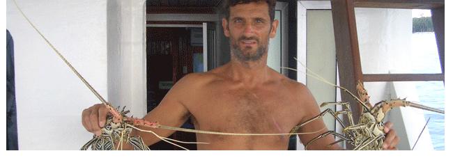 Entrevista a «tiburón» Anting, un joven surfero de toda la vida