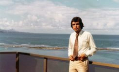 Entrevista a Cipriano Ramón, nacido y criado en la C/ Torres Quevedo, y recepcionista de los Apartamentos Colón Playa en la época dorada del turismo en Las Palmas de Gran Canaria