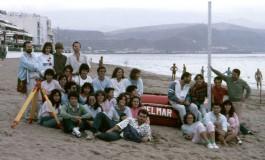 1ª Promoción de Ciencias del Mar (1982) de practicas en la playa de Las Canteras