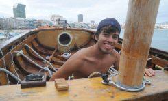 Reportaje fotográfico. Se animan las regatas de barquillos a vela en la Bahía de Las Canteras