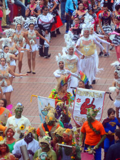 """Este sábado en el paseo de Las Canteras el pasacalles """"Carnaval al Sol"""""""