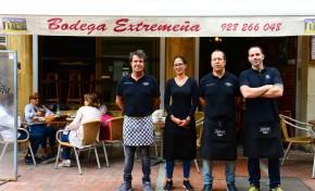 Bodega Extremeña, 15 años cortando jamón
