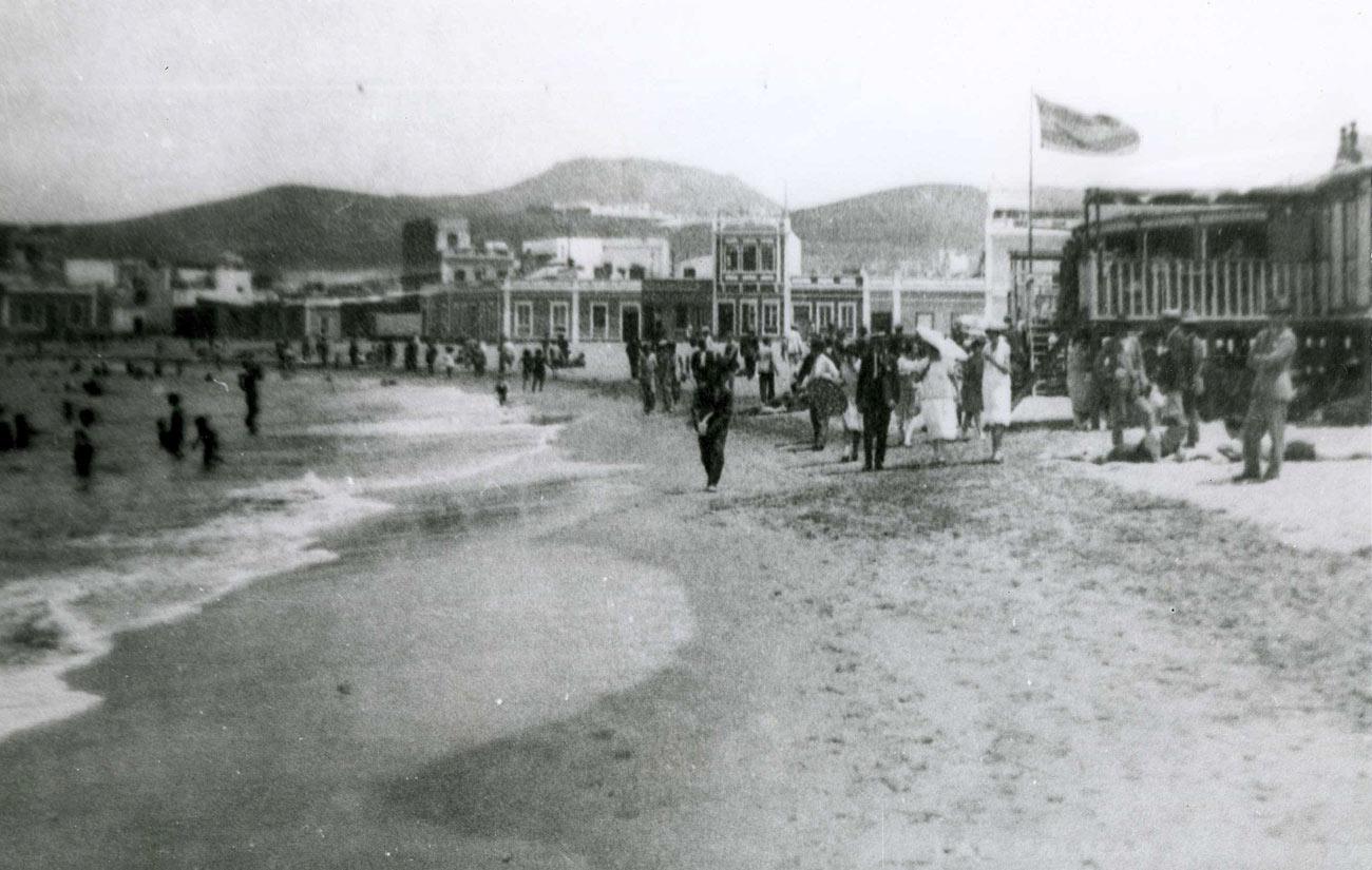 Ambiente de playa, años 30