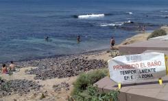 El Ayuntamiento cierra temporalmente al baño la playa de El Confital tras detectar un episodio puntual de contaminación bacteriana