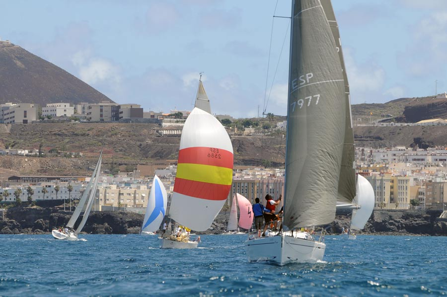 Este sábado los cruceros llegan a la bahía de El Confital