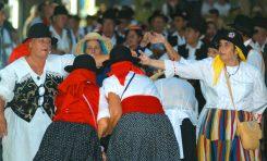 Actos en el entorno de Las Canteras por el Día de Canarias