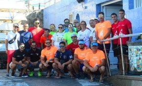 Los barquillos de vela latina se topan con la acumulación de arena en Las Canteras