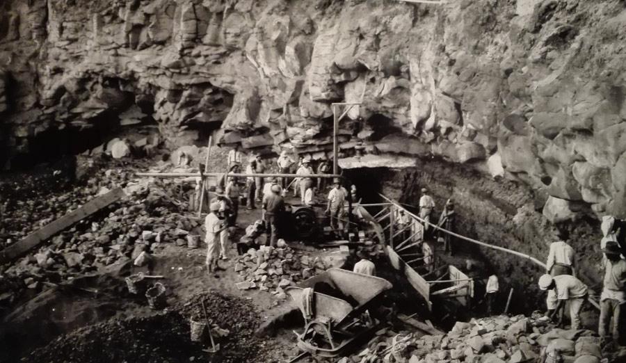 Obras de alcantarillado en Los Nidillos, 1927